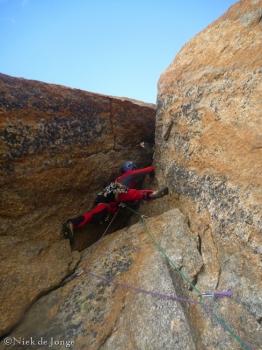 03 Verkeerd geklommen bovenin de Bonatti-Tabou
